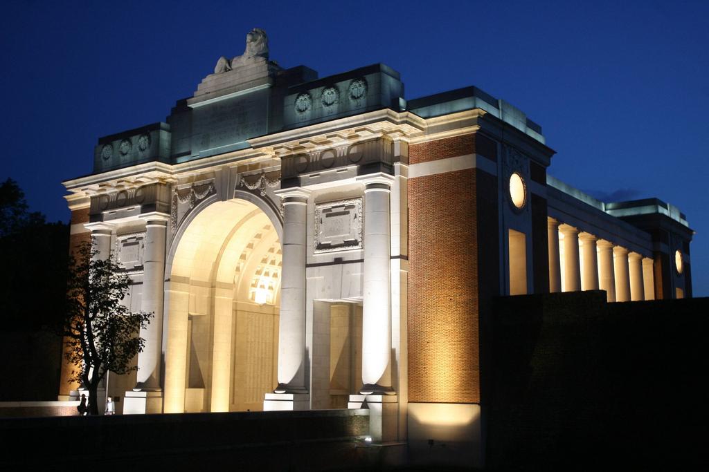 Menin Gate at night